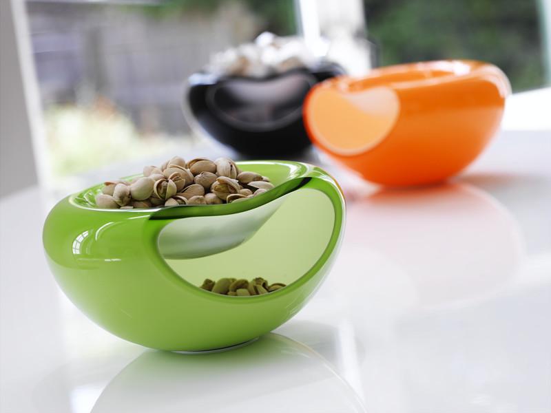 чашка для орехов с отсеком для шелухи