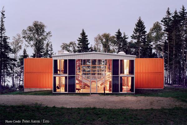Дом из 12 контейнеров. штат Мэн, США